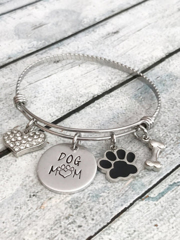 Dog mom - Hand stamped bracelet - Puptoria