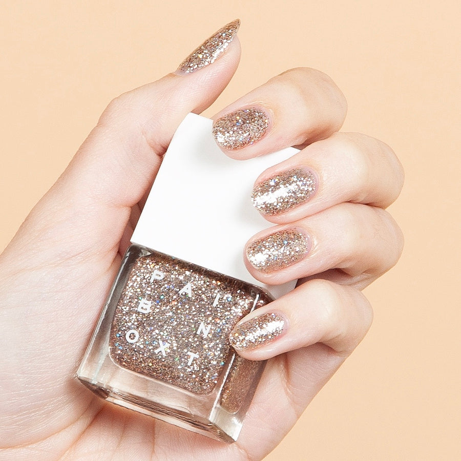NYC's Trendiest Nail Salon Just Dropped New Polishes & They're Perfect For Fall