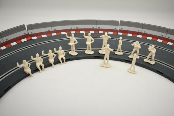 HORNBY 1/32 MOTOR RACING SPECTATORS 12 FIGURES (UNPAINTED)-Toys & Hobbies:Slot Cars:1/32 Scale:Pre-1970-ProTinkerToys.com
