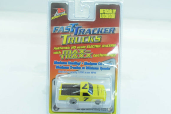 LIFE-LIKE RACING FAST TRACKERS # 9754 YELLOW TRUCK # 7 W/MAX-TRAXX TECH-Toys & Hobbies:Slot Cars:HO Scale:1970-Now-ProTinkerToys.com
