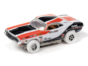 WHITE CAR| Dick Landy | 1970 Dodge Challenger | Auto World-Toys & Hobbies:Slot Cars:HO Scale:1970-Now-ProTinkerToys.com