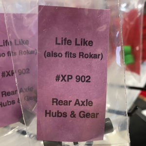 Rear Axle Hubs & Gear | XP 902 | Life Like-Tyco-ProTinkerToys