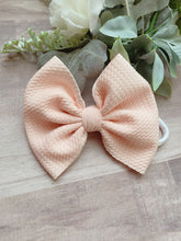 Load image into Gallery viewer, Peachy {Bow} - Calli Alyse Boutique