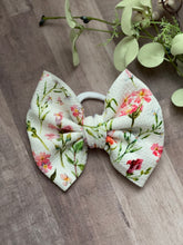 Load image into Gallery viewer, Summer Fields {bow} - Calli Alyse Boutique