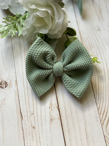 Simply Sage {Bow} - Calli Alyse Boutique