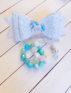 Iridescent Glitter Unicorn {Bow} - Calli Alyse Boutique