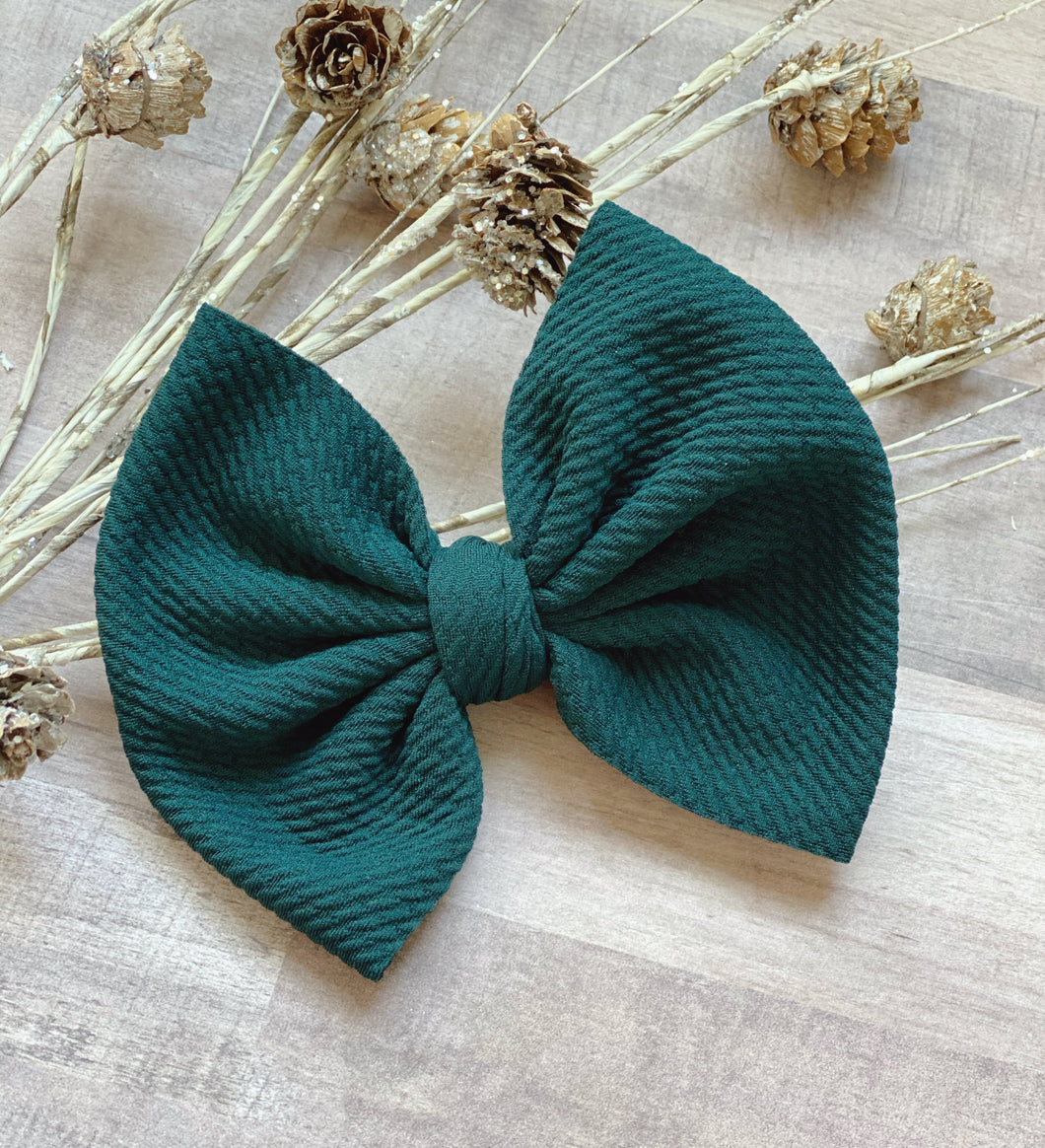 Mistletoe {Bow} - Calli Alyse Boutique