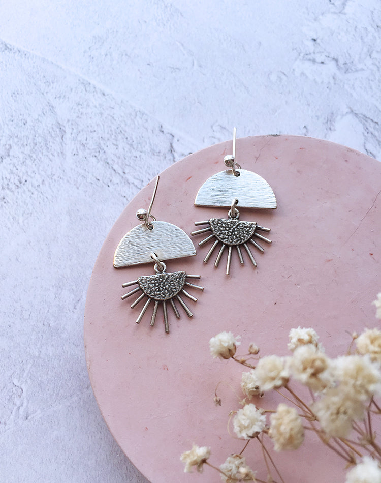 Elidi Sun Rise Geometric Earrings