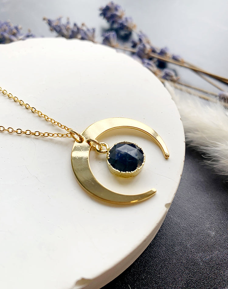 Dark Moon - Labradorite Necklace