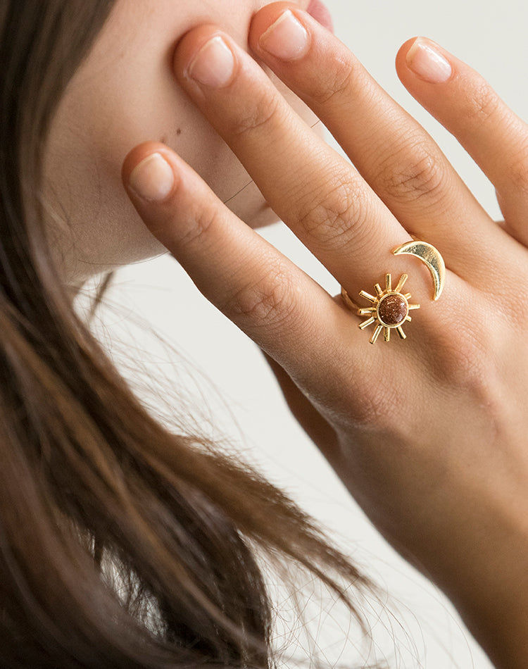 Epona Day & Night Adjustable Ring