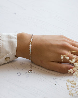 Amulet: Crystal Bracelet for Friendship