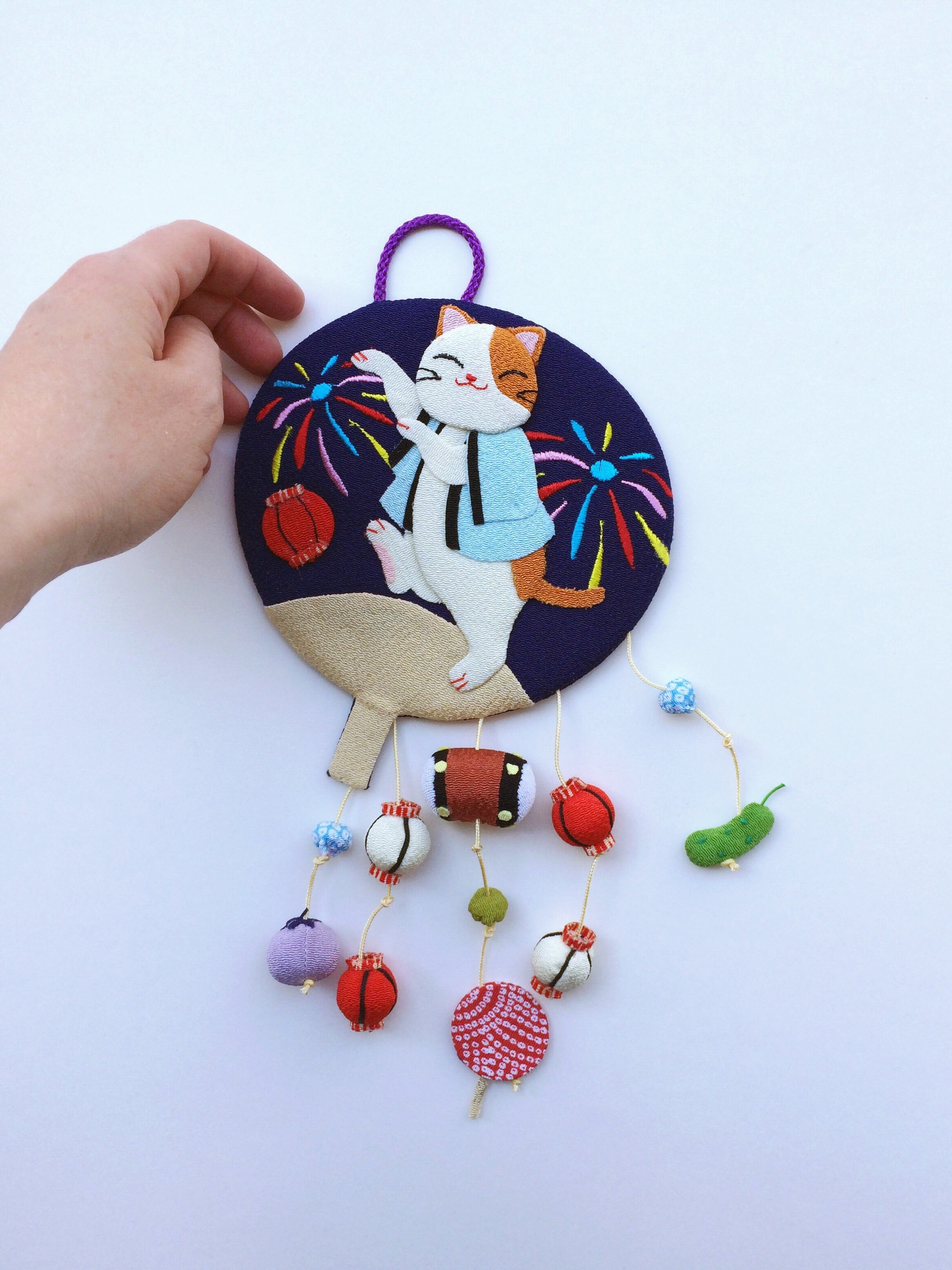 Handmade ornament Japan : Dancing Cat, fireworks