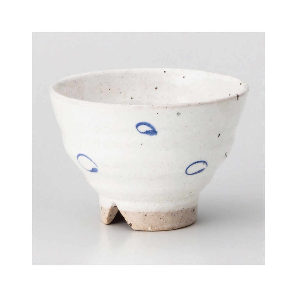 Japan series : White bowl with blue specks