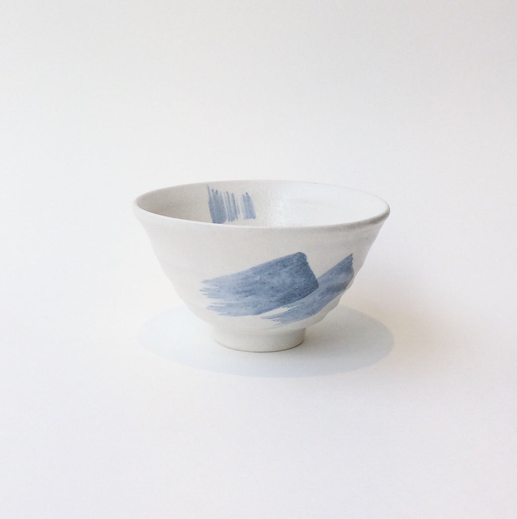 Japan series : White and blue bowl