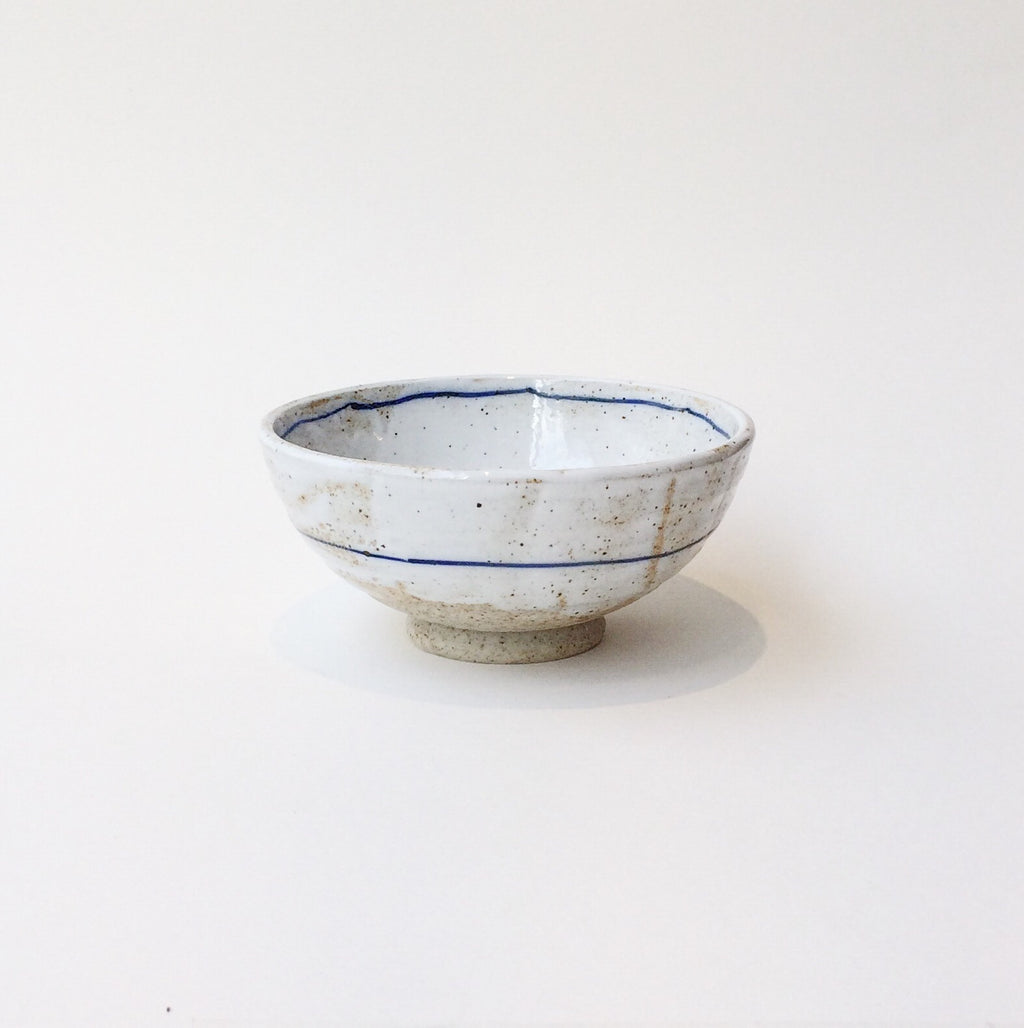 Japan series : White glazed raw bowl with blue stripe
