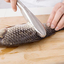 Load image into Gallery viewer, Kitchen Seafood Tools Fish Skin Brush