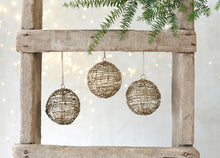 Ngoni Wire Opening Bauble Set of 3