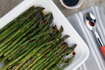 asparagus with ginger-soy glaze