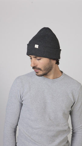 Barts Kinabalu Beanie Dark Heather person
