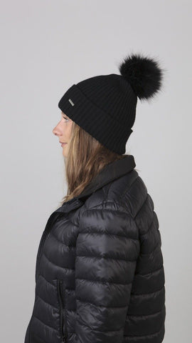Barts Kenzie Beanie Black person