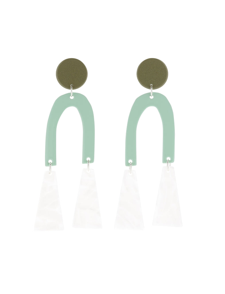 BM Olive Tremble Earring