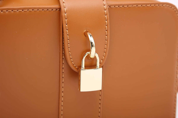 CROSS BODY BAG WITH PADLOCK DECORATION
