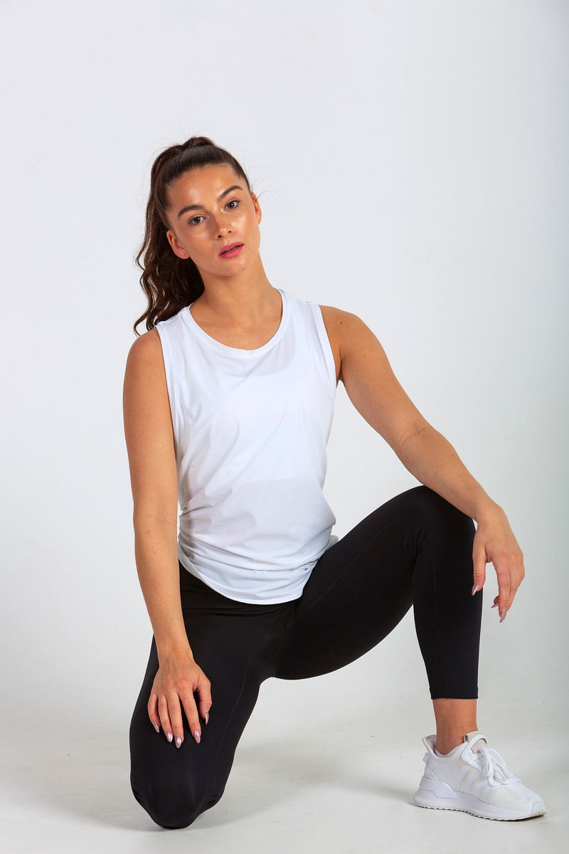 Aeon Vie Define Contour seamless front leggings in Black with white Arise Tank