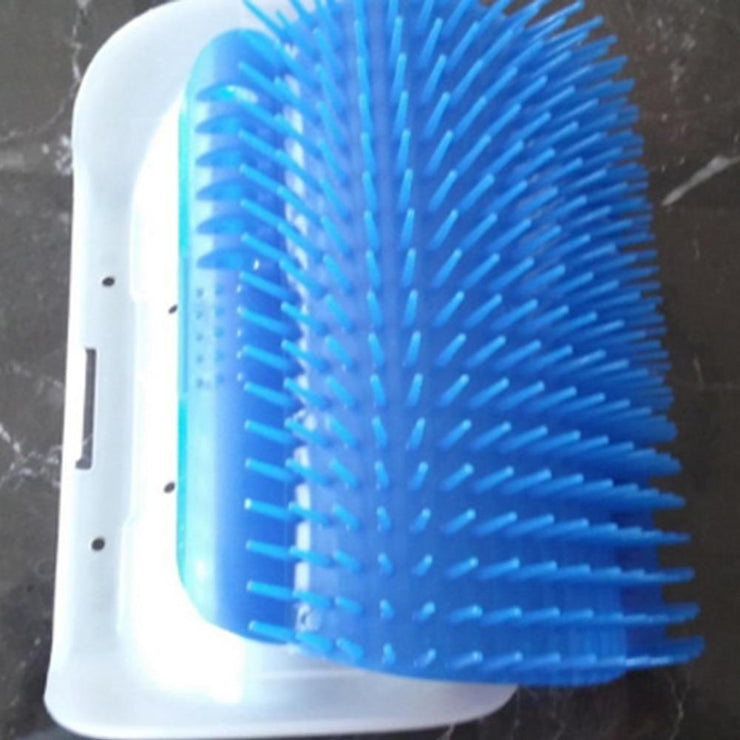 SELF - GROOMING CAT BRUSH