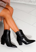 Black Pointed Cowboy Boots
