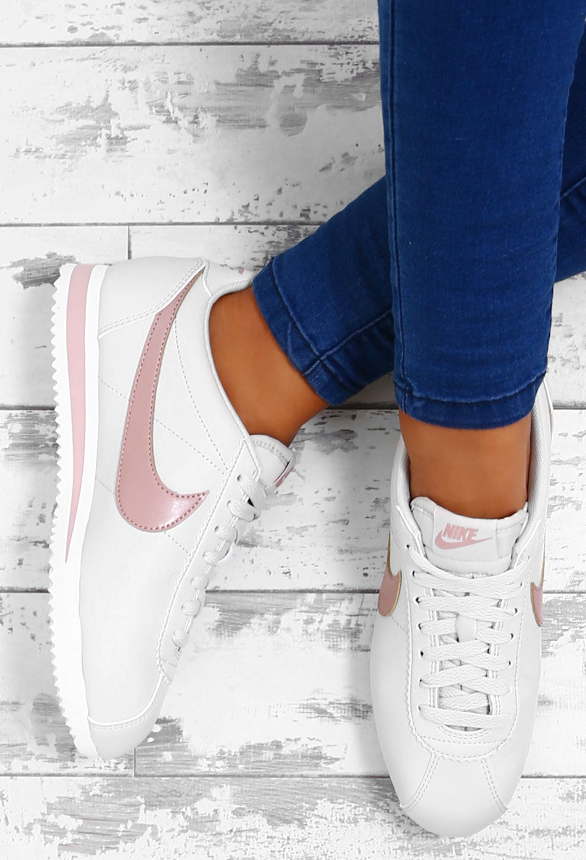 super popular 61a6a 53010 Nike Classic Cortez White and Pink Leather Trainers – Pink ...