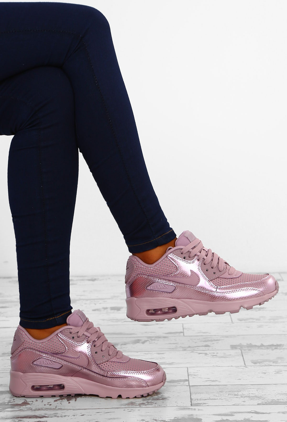 la meilleure attitude 4f112 34c0d Nike Air Max 90 SE Elemental Rose Trainers – Pink Boutique UK