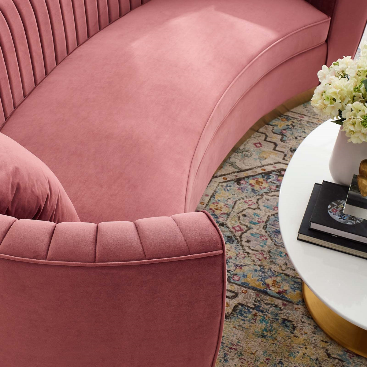 Xoco Curved Velvet Sofa Dusty Rose