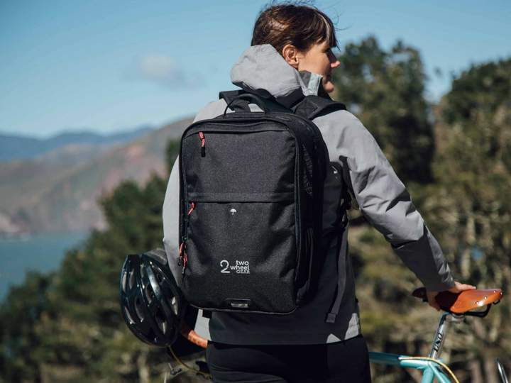 Two Wheel Gear Pannier Backpack Convertible PLUS+ (Kompakt Rail)-Backpacks-Two Wheel Gear-Voltaire Cycles of Highlands Ranch Colorado