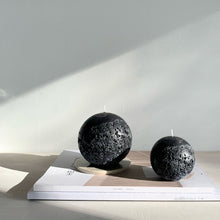 Load image into Gallery viewer, Moon Sphere Candle Black