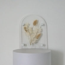 Load image into Gallery viewer, ***FEBRUARY PRE-ORDER*** Personalised Arched Acrylic pressed flower plaque