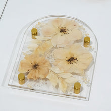 Load image into Gallery viewer, Limited edition Vintage dreams A5 Arched pressed flower plaque