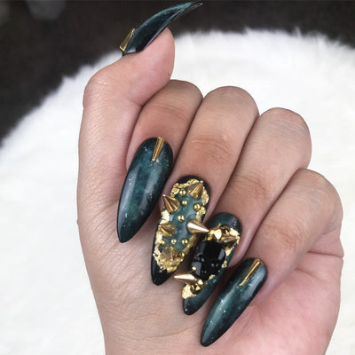 Green Galaxy Press on Nails | Gold Nails | Green Nails | Star Nails | Skull Nails | Spike Nails | Foil Nails |