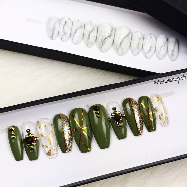 Swarovski Custom Green Nails | Green Nails | Gold Nails | Custom Design Pressons | Wedding Nails | Holiday Nails | Event nI