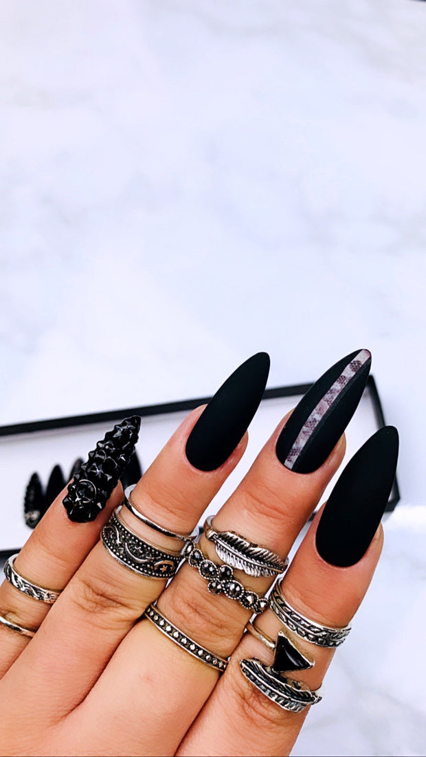 Black Snake Print Press on Nails | Snake Print Nails | Matte Black Nail| Matte Nails | Swarovski Nail