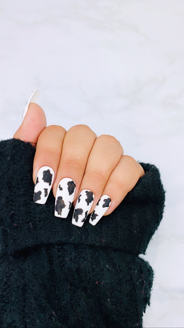 READY TO SHIP| Cow Print | Press On Nails |  Cow Nails | Black Nails | Fake Nails | White Nails | Coffin Nails | Stiletto Nails