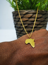 Load image into Gallery viewer, Cool African Map Gold Chain