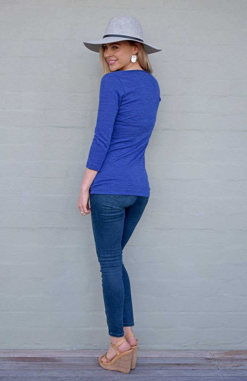 V-Neck Top - 3/4 Sleeve