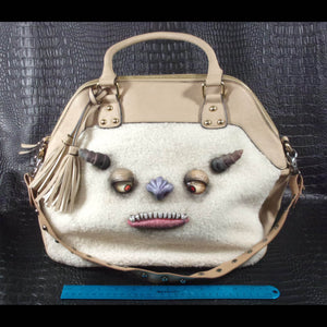 Monster Bag (Albanian Short Hair Beast 2)