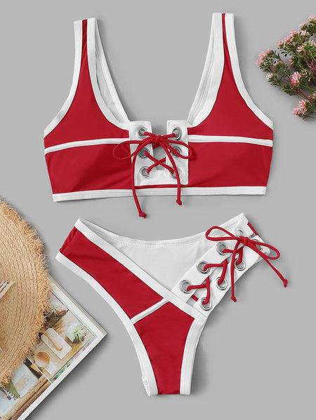 Contrast Piping Lace-up Hipster Cheeky Bikini Set