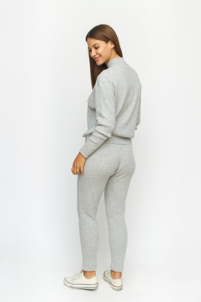 Load image into Gallery viewer, Ribbed Cashmere Lounge Sweater Pants