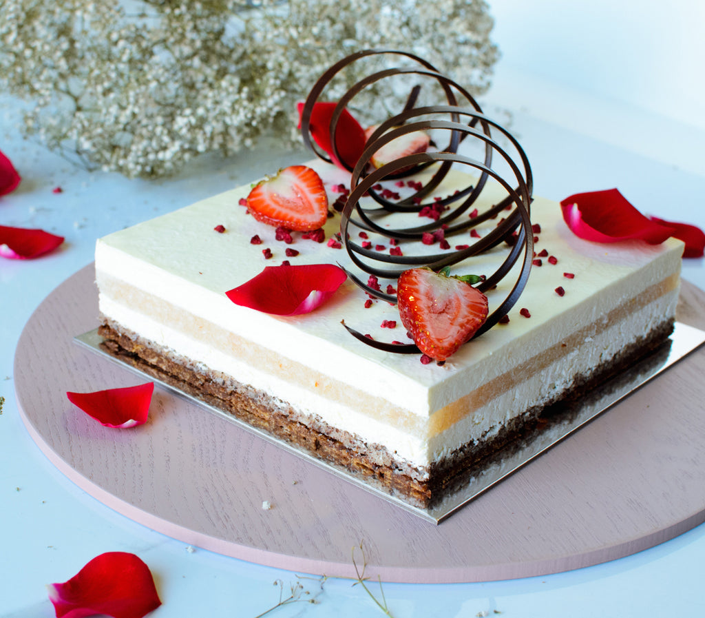 SIGNATURE ROSE AND LYCHEE CAKE (GF)