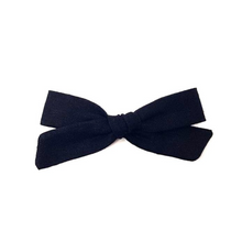 Load image into Gallery viewer, Regular Pigtail Bow | Black