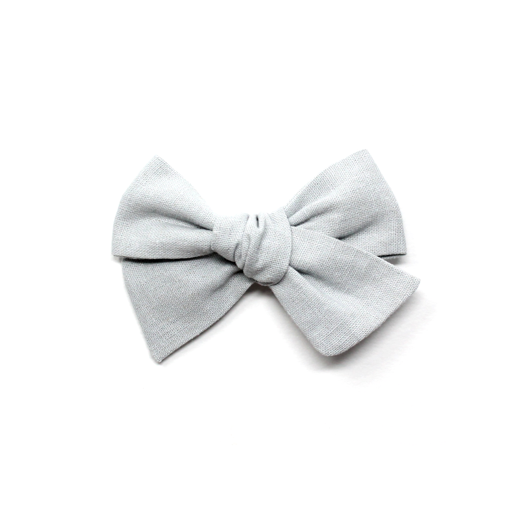 Pinwheel Bow | Soft Grey