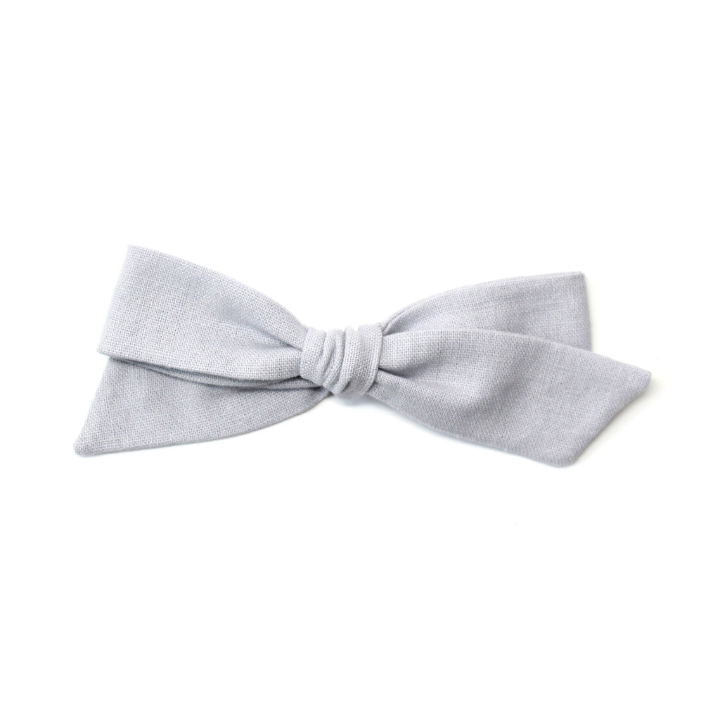 Oversized Pigtail Bow | Dolphin