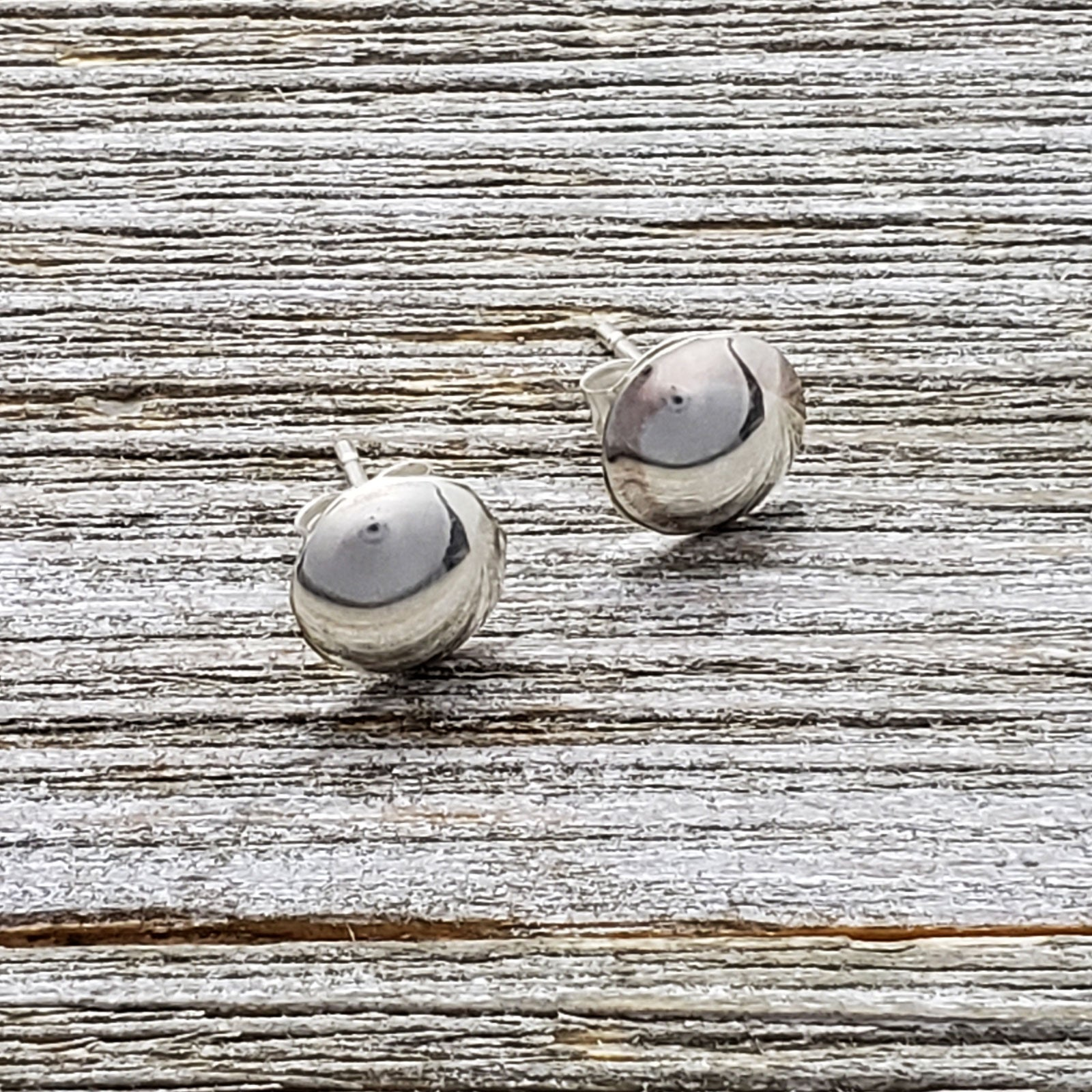Esther White Sterling Silver Navajo Round Domed Plain Earrings 3/8""
